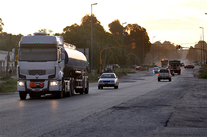 Batán: vecinos exigen soluciones por el estado de la Ruta 88