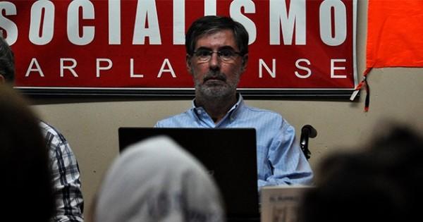 """""""El socialismo tiene que combatir las políticas neoliberales"""""""