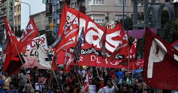 """Nuevo MAS llama a """"confluir en un solo puño para derrotar a Macri"""""""