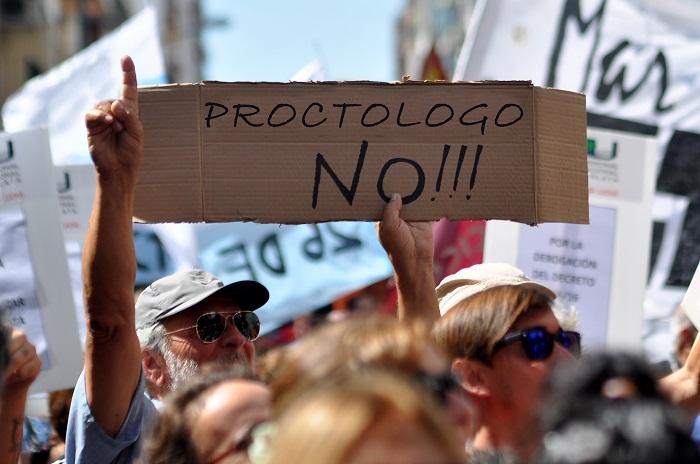 PROCTOLOGO NO #QUECARAJO
