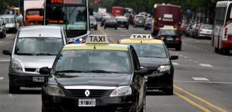 El viaje en taxi se podrá pagar con tarjeta de débito y crédito