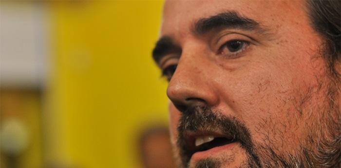 """""""Hoy Arroyo está mejor pero la comunicación es su gran déficit"""""""