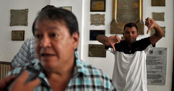 Crisis política: dos renuncias en un día, ahora Héctor Flores