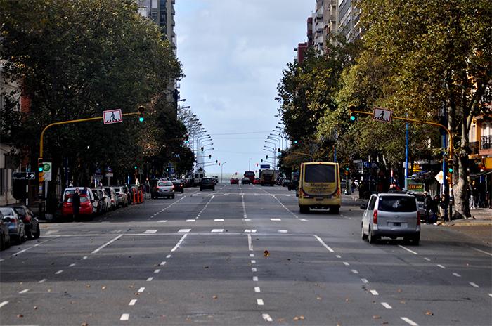 Vidal, Peña y Dietrich anuncian la llegada del metrobus