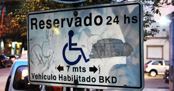 Discapacidad: protesta, reclamo y aumento para los transportistas