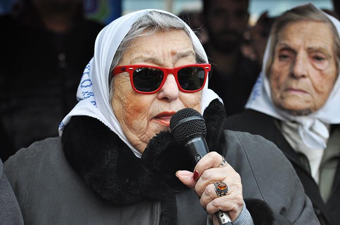 "Hebe de Bonafini: ""Macri no llena ni un baño"""