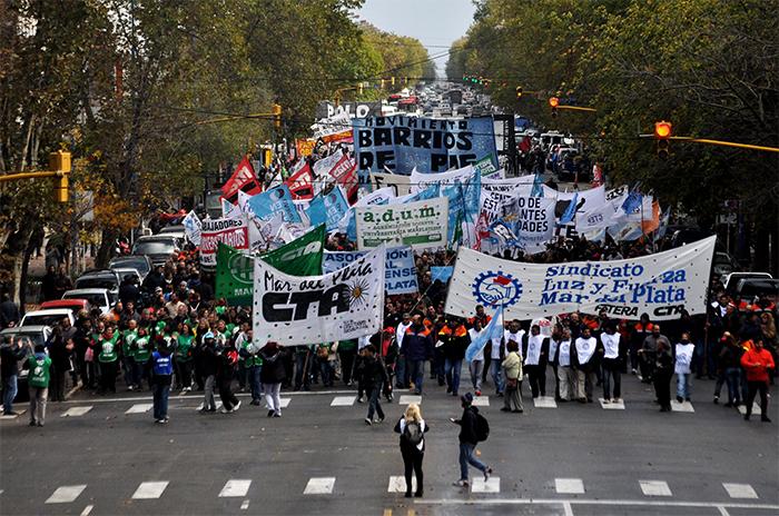 """Protesta nacional: """"Vamos camino a un gran paro general"""""""
