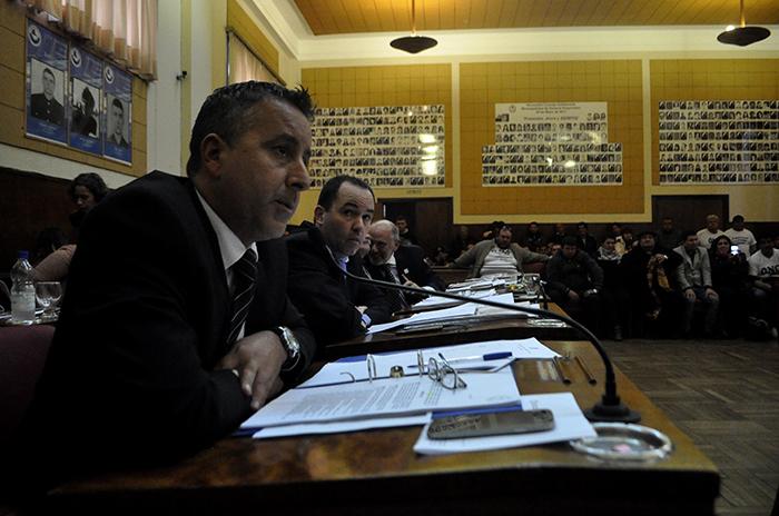 """Para Azcona, las cifras de desempleo """"deben ser una señal de alarma"""""""