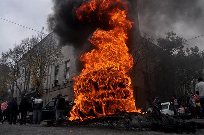 El gobierno le pide a la Justicia que limite las protestas