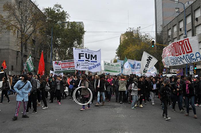 """Boleto universitario: marcha contra la """"falta de voluntad política"""""""