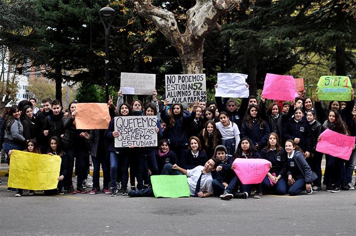 """Una protesta por un """"espacio digno de educación"""""""