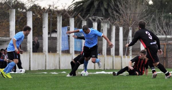 Fútbol local: la Zona Reválida da el puntapié inicial