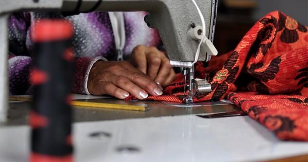 Costureras precarizadas: la realidad oculta detrás de las prendas