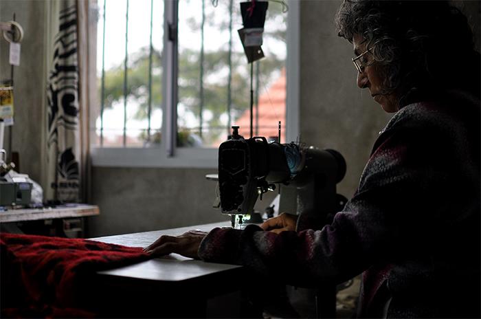 Empresarios contra las costureras por denunciar trabajo en negro