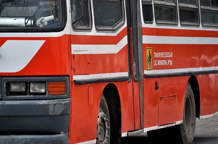 La Provincia prometió, pero el transporte escolar no volvió