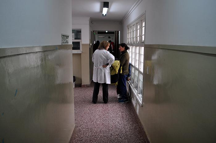 Médicos vuelven a advertir sobre el faltante de insumos básicos