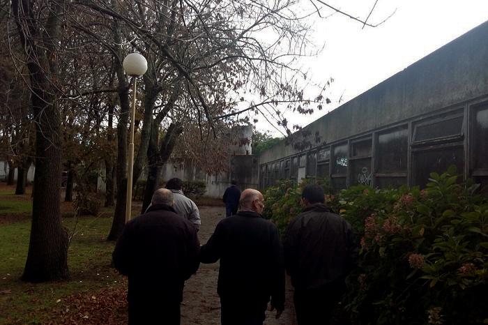 Cementerio: reparación parcial para habilitar una sala velatoria