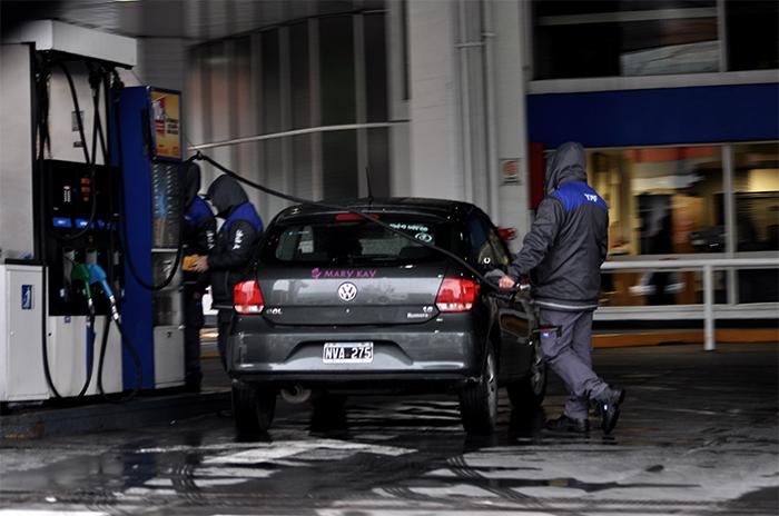 """Nafta: en Mar del Plata """"es poco viable"""" que cobren el plus por litro"""