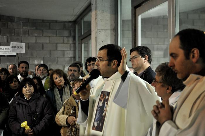"""Morir en la calle: la Iglesia pide """"un corazón sensible"""" para Arroyo"""