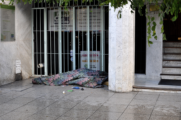 Vivir en la calle: piden informes pero el Ejecutivo no responde