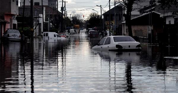 El Progreso: el drama de enfrentar un metro de agua