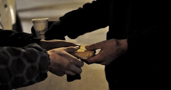 La noche, en situación de calle: la misión solidaria de la Caridad