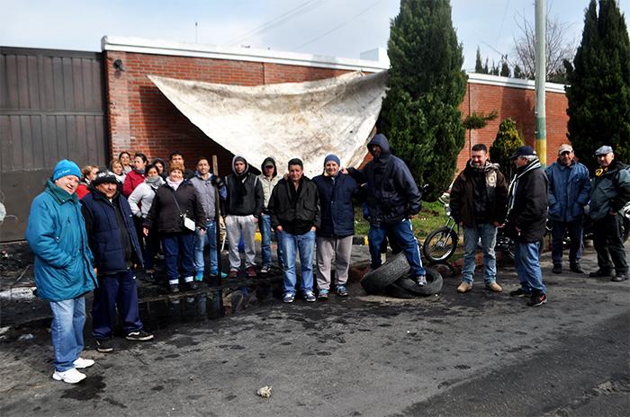 Puerto: trabajo en negro, reclamo y sesenta familias a la deriva