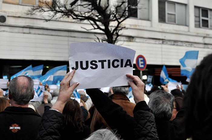 Jueces respaldan a López y piden que intervenga la Procuración