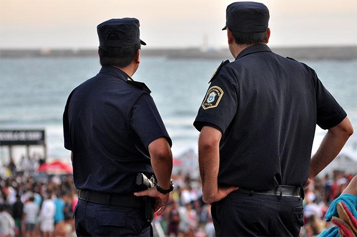 """Controles a la Policía: """"Más que para evitar delitos es una distracción"""""""
