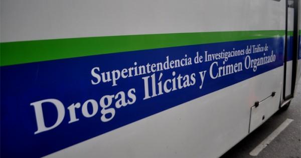 Tres detenidos por venta de droga en el barrio Libertad