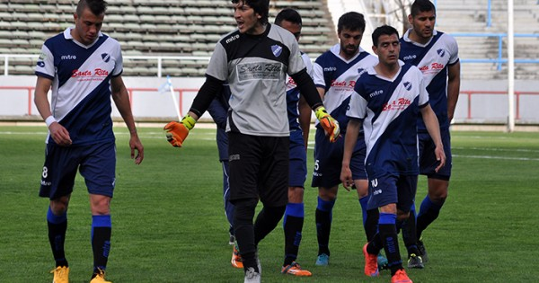 Una buena para Alvarado: Ezequiel Ceballos recibió el alta