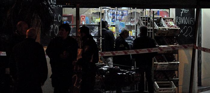 El hermano del delincuente muerto buscó al comerciante en el HIGA