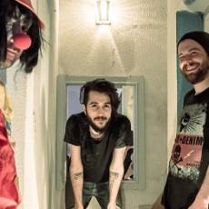 Circo Freak y Exiliado: dos bandas, dos videos
