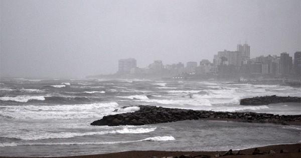 Rige un alerta meteorológico por lluvias y tormentas intensas