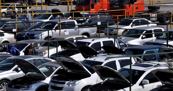 """Lavado Total: buscan que los autos tengan un """"destino social"""""""