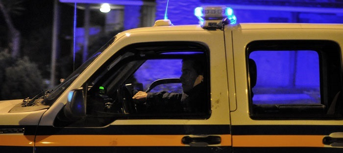 Dos detenidos tras amenazar con armas a un chofer de colectivo