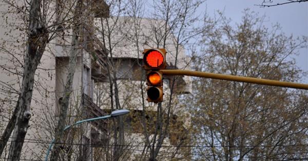 No funcionan numerosos semáforos por cortes de energía