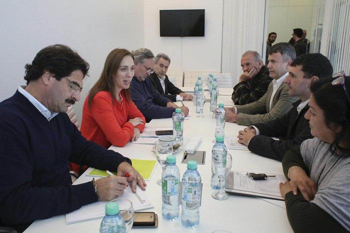 Crisis de la pesca: Vidal se juntó con gremios y empresarios