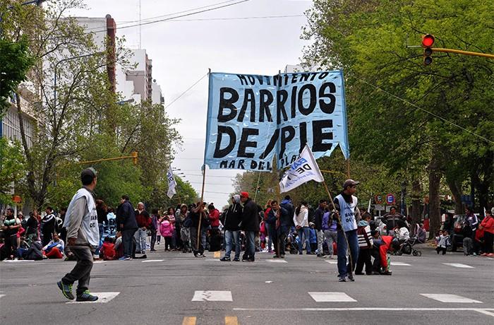 BARRIOS DE PIE OLLAS POPULARES (2)