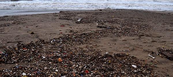 Playas: piden colocar redes de protección en los desagües