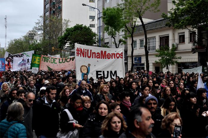NI UNA MENOS PARO DE MUJERES LUCIA 03