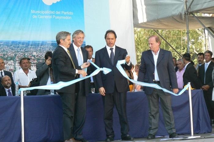Nestor Kirchner k 2007 - corte de cintas ruta 226 Colinas Verdes
