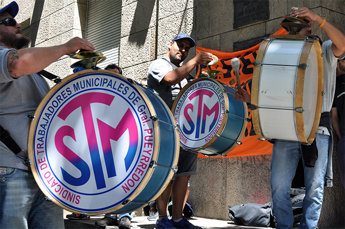 Sin acuerdo en la paritaria, trabajadores municipales protagonizan un paro