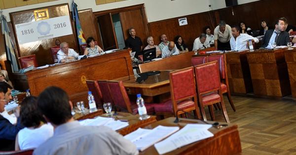 Boleto: quiénes votaron a favor de la suba anulada por la Justicia