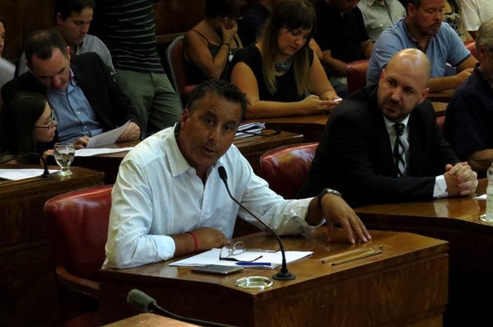 """""""En campaña Arroyo dijo que bajaría los impuestos y sube 40% las tasas"""""""