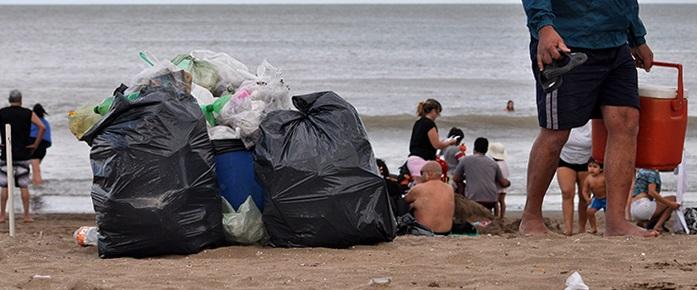 Verano 2017: playas sucias, el reclamo de cada temporada
