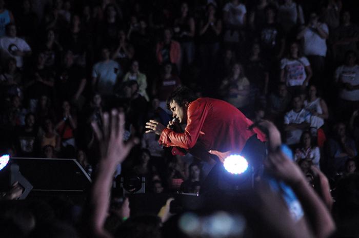 Ciro en el Patinódromo, miles de almas en un ritual sin calma