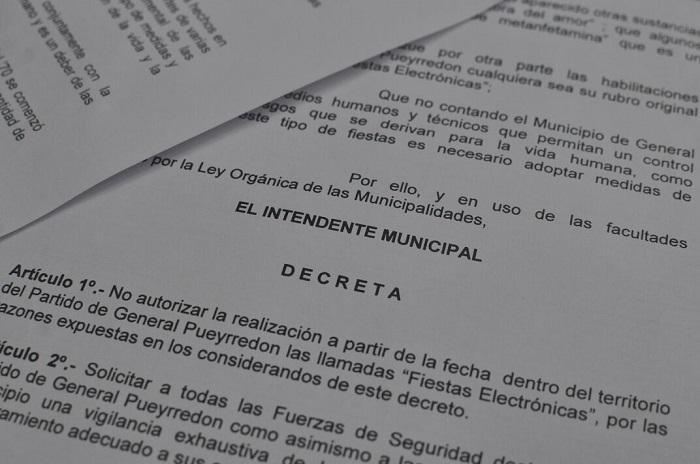 """El decreto de Arroyo """"no autoriza"""" las fiestas electrónicas"""