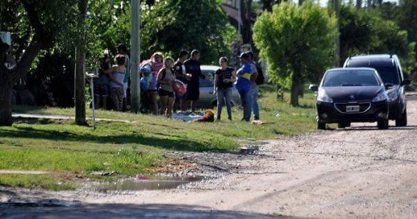 Mataron a una joven en su casa del barrio Malvinas Argentinas