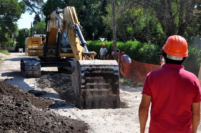 Empezaron obras cloacales en dos barrios del norte